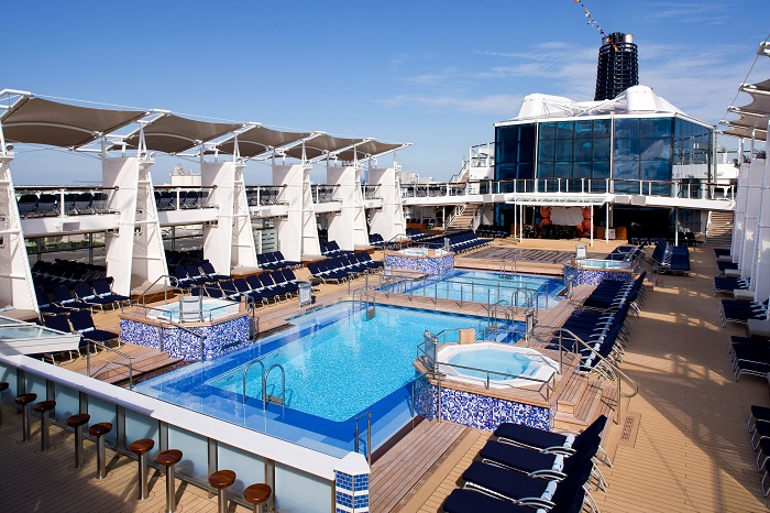 Celebrity Solstice luxushajó
